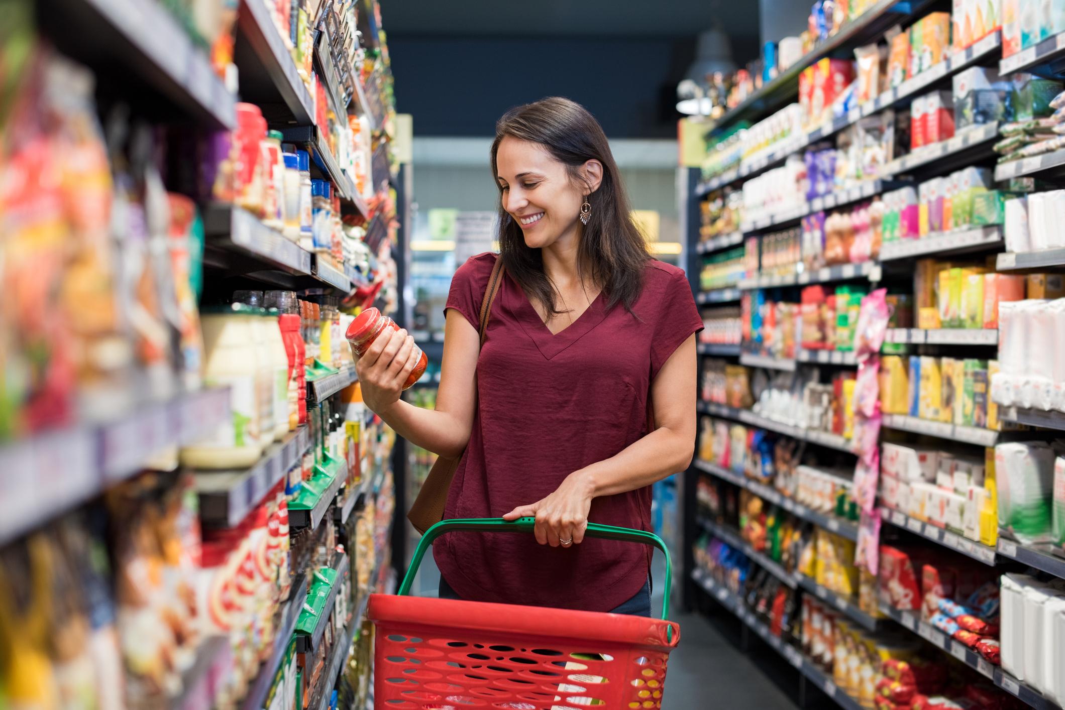 Många lägger mer pengar på lån än på mat en vanlig månad
